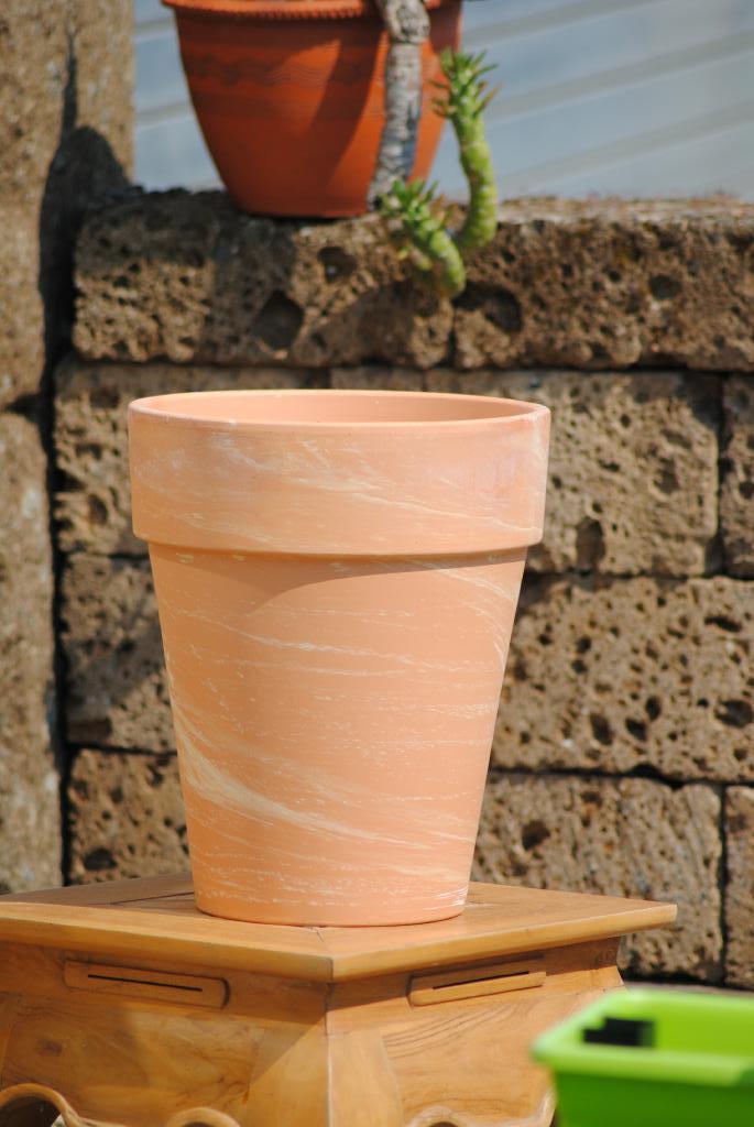 kunert keramik pflanzk bel hochk bel frostfest marmoriert made in germany. Black Bedroom Furniture Sets. Home Design Ideas